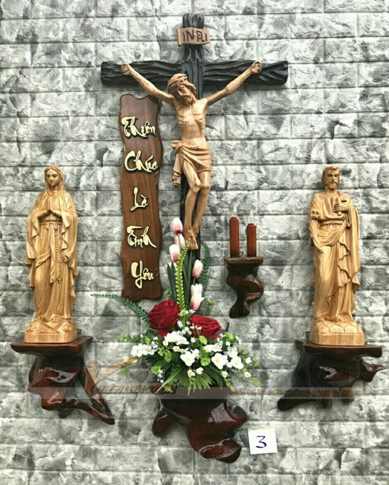 bàn thờ chúa