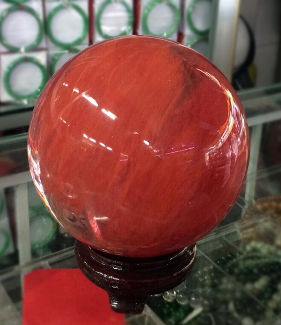 quả cầu phong thủy cho người mệnh thổ